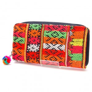 ヤオ族刺繍のラウンドファスナー長財布