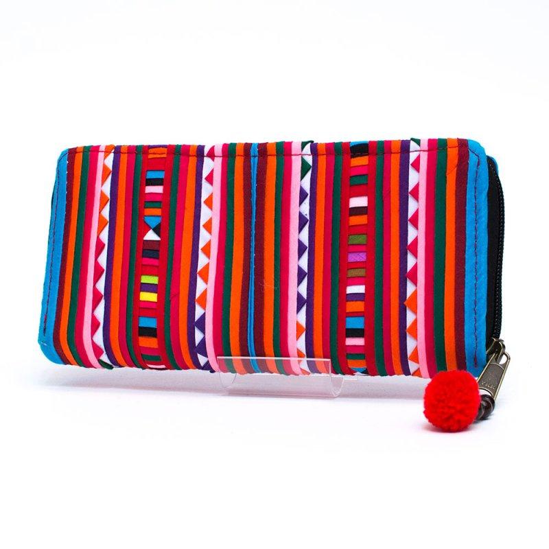リス族 カラフル刺繍のラウンドファスナー長財布(ブルー)