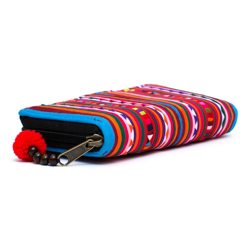 画像2:リス族 カラフル刺繍のラウンドファスナー長財布(ブルー)