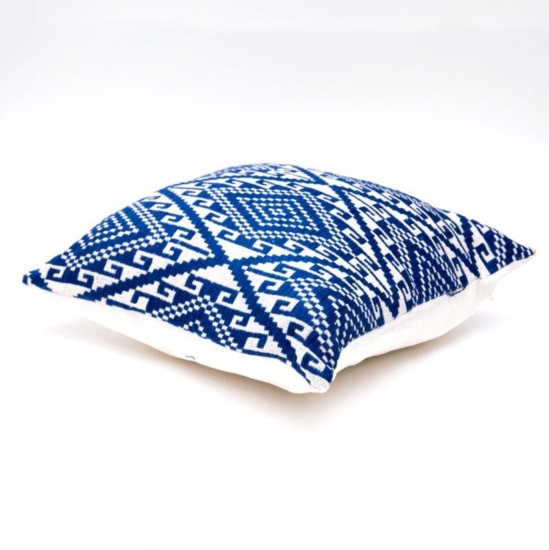 画像2:ラオ族刺繍のクッションカバー(紺)
