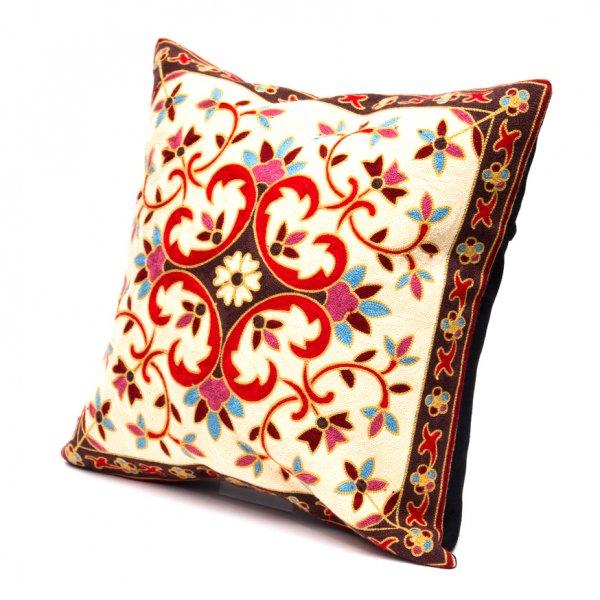 モン族刺繍のクッションカバー(赤)