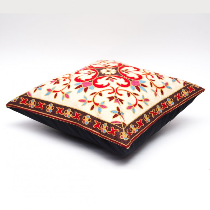 画像2:モン族刺繍のクッションカバー(赤)