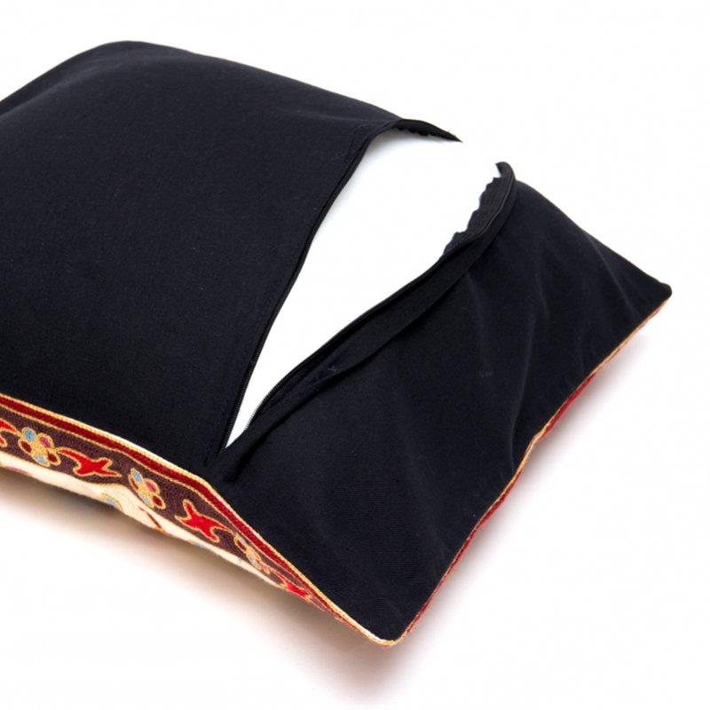 画像3:モン族刺繍のクッションカバー(赤)