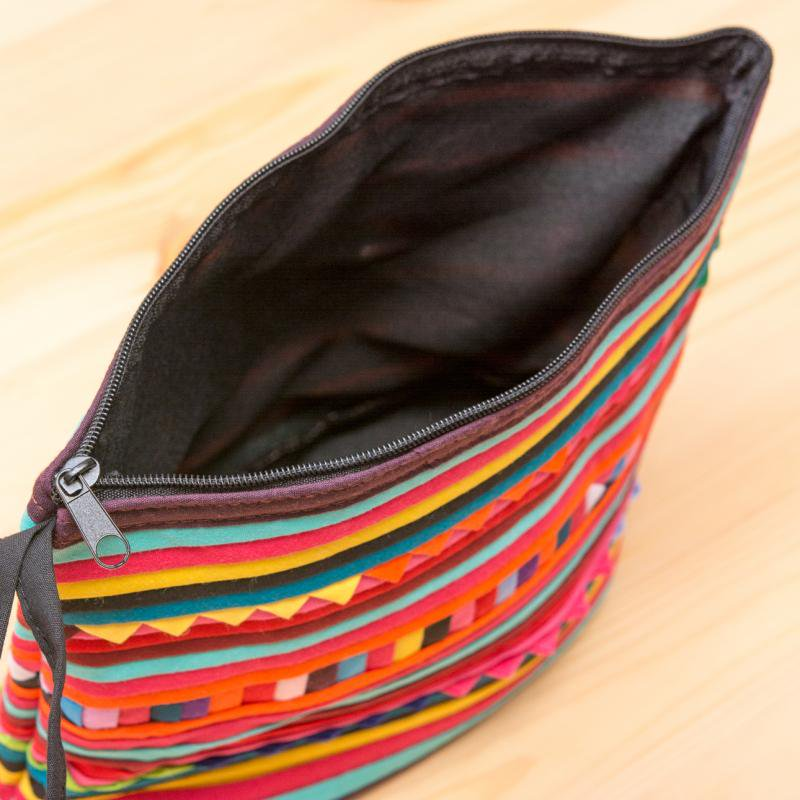 画像4:リス族刺繍のマチ付きカラフルポーチ M-size(ダークレッド/オレンジ)