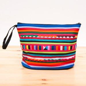 リス族刺繍のマチ付きカラフルポーチ M-size(ブルー/レッド)