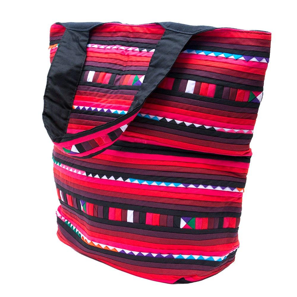画像2:リス族刺繍 カラフルな大判トートバッグ(レッド)