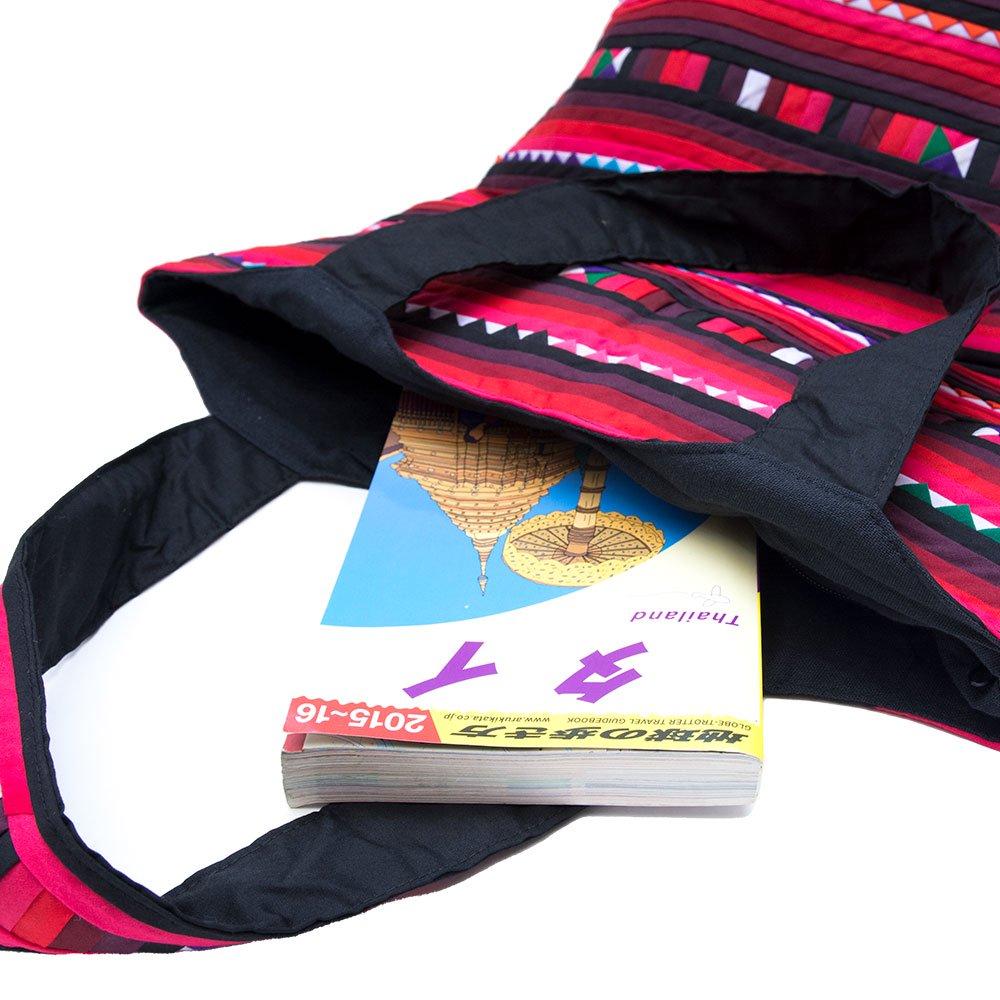 画像3:リス族刺繍 カラフルな大判トートバッグ(レッド)