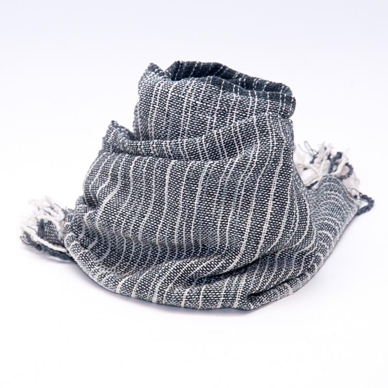 画像2:ラオ族手織りのコットンストール(ブラック)