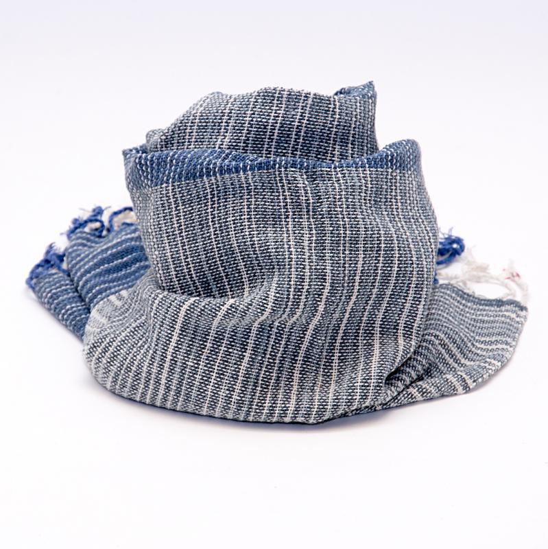 画像2:ラオ族手織りのコットンストール(ネイビー)