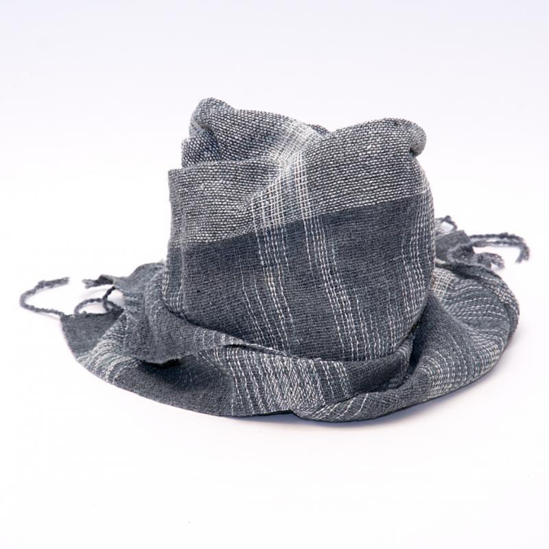 画像2:ラオ族手織りのコットンストール(グレー)