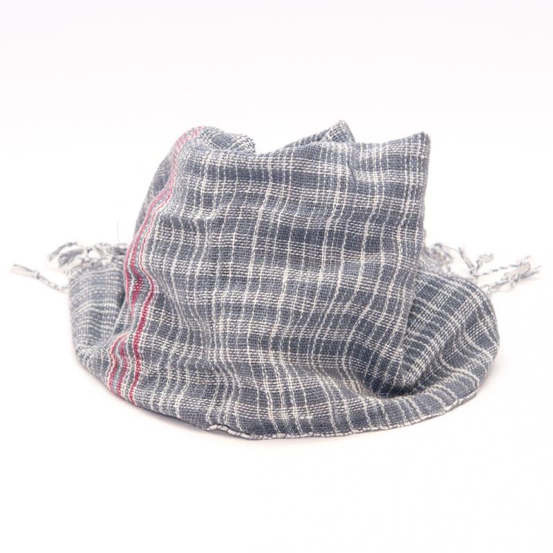 画像2:ラオ族手織りのコットンストール(チェック&グレー)