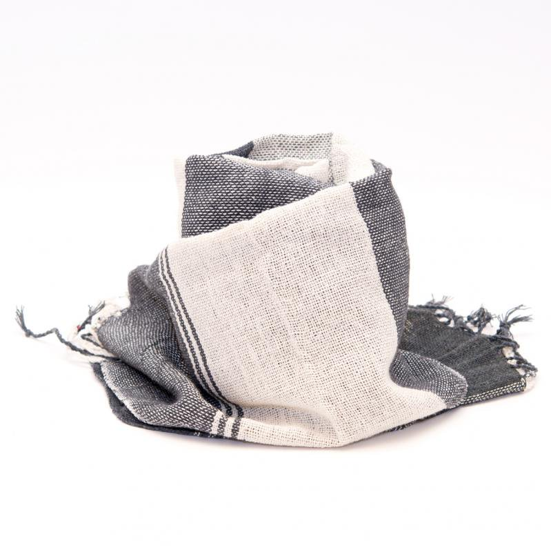 画像2:ラオ族手織りのコットンストール(ブラック&ホワイト)