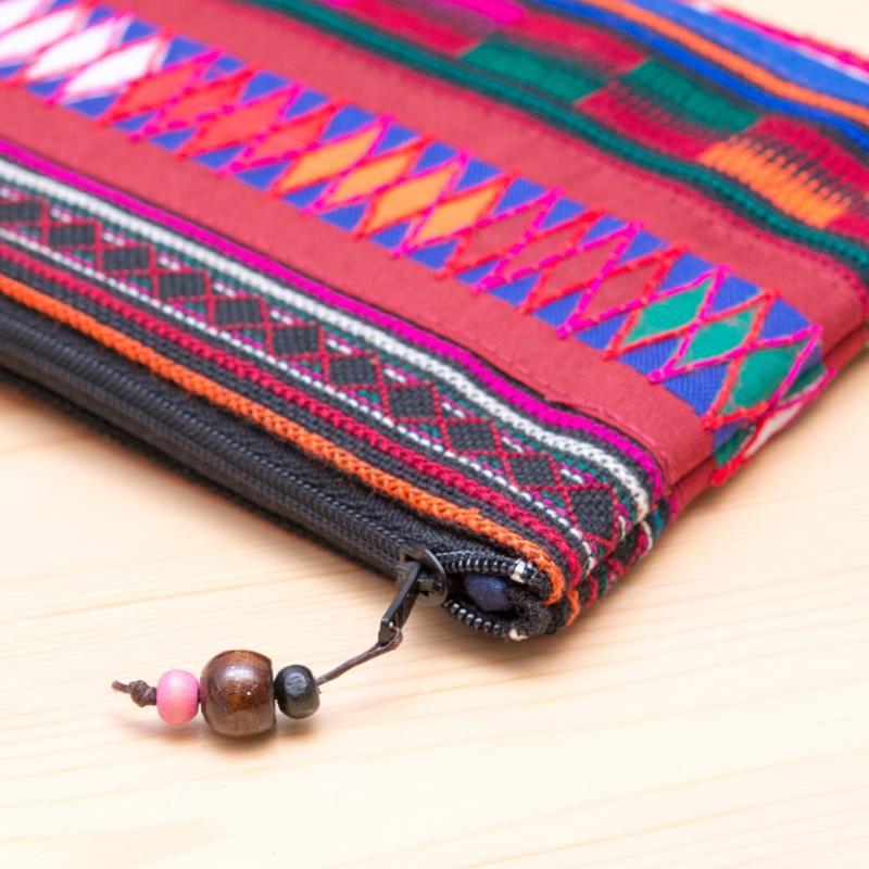 A Bu-Ali(アブアリ)アカ族刺繍クッションポーチ Type.1