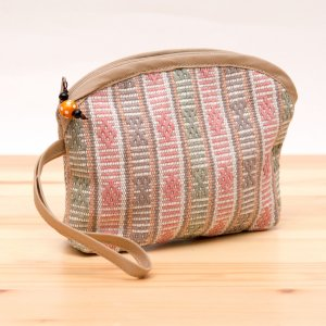 A Bu-Ari(アブアリ)カレン族刺繍コスメポーチ Type.2