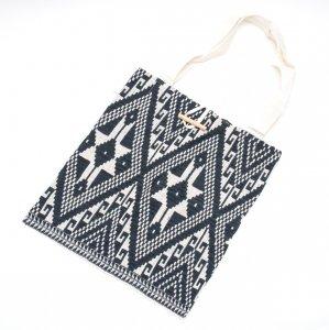 ラオ族手織り布のトートバッグ Type.4