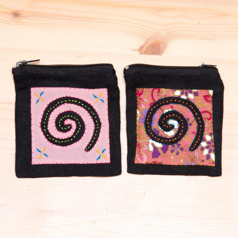 画像4:モン族刺繍のコインポーチ