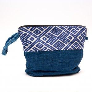ルー族刺繍の大きな持ち手付ポーチ(オムツポーチ)