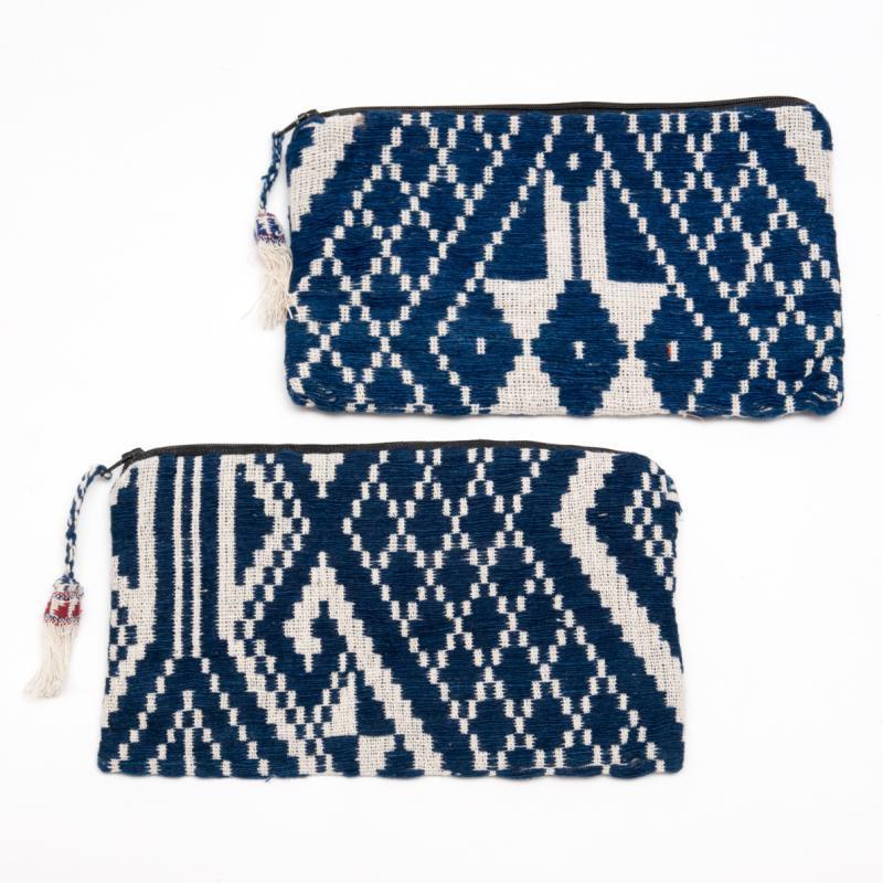 画像3:ルー族刺繍の化粧ポーチ