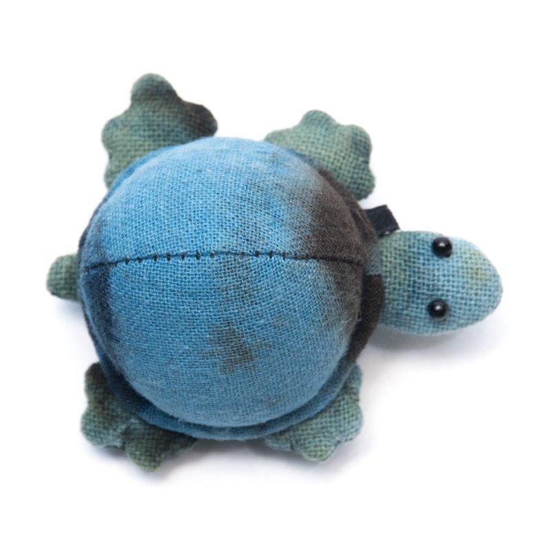 画像3:藍染め 手縫いのかわいいカメさん Type.1(7種)