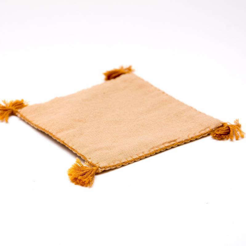 画像3:インドのミラーワーク刺繍コースター(ベージュ)
