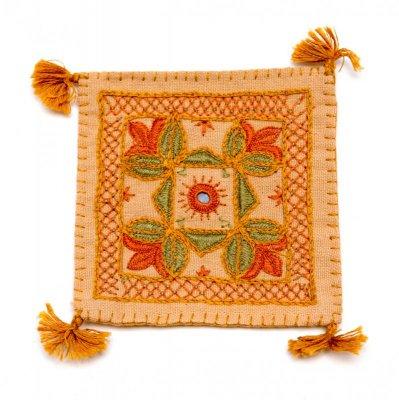 インドのミラーワーク刺繍コースター(ベージュ)
