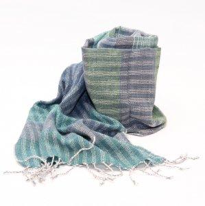 ラオ族手織りのコットンストール(グリーン&グレー)