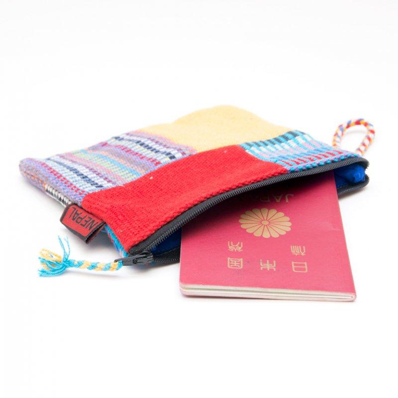 画像2:<フェアトレード>WSDO 手織布のカラフルパッチワークポーチS