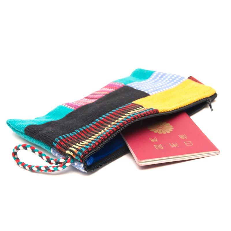 画像2:<フェアトレード>WSDO 手織布のカラフルパッチワークポーチL