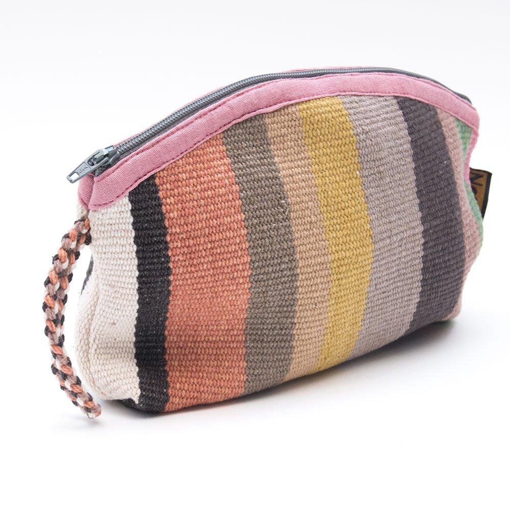 画像3:<フェアトレード>WSDO 手織布の草木染めコスメポーチ(半円・ピンク系)