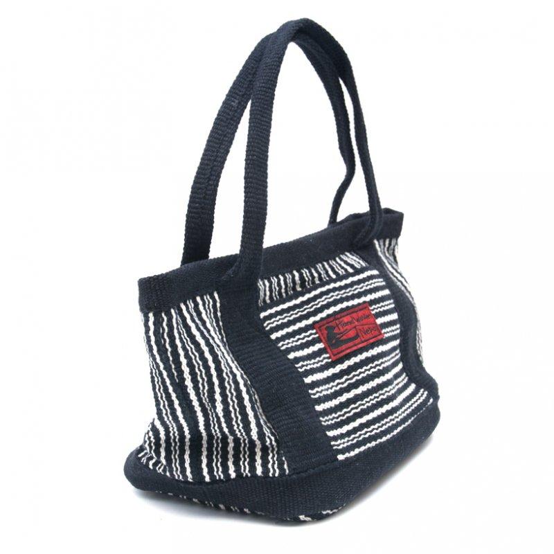 画像2:<フェアトレード>WSDO 手織布のランチバッグ(ブラックxストライプ)