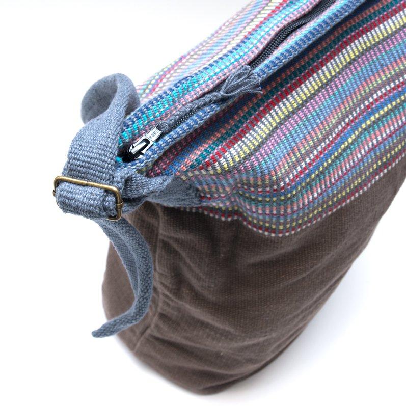 画像2:<フェアトレード>WSDO 手織布のドラム型マザーズバッグ(ブラウン)