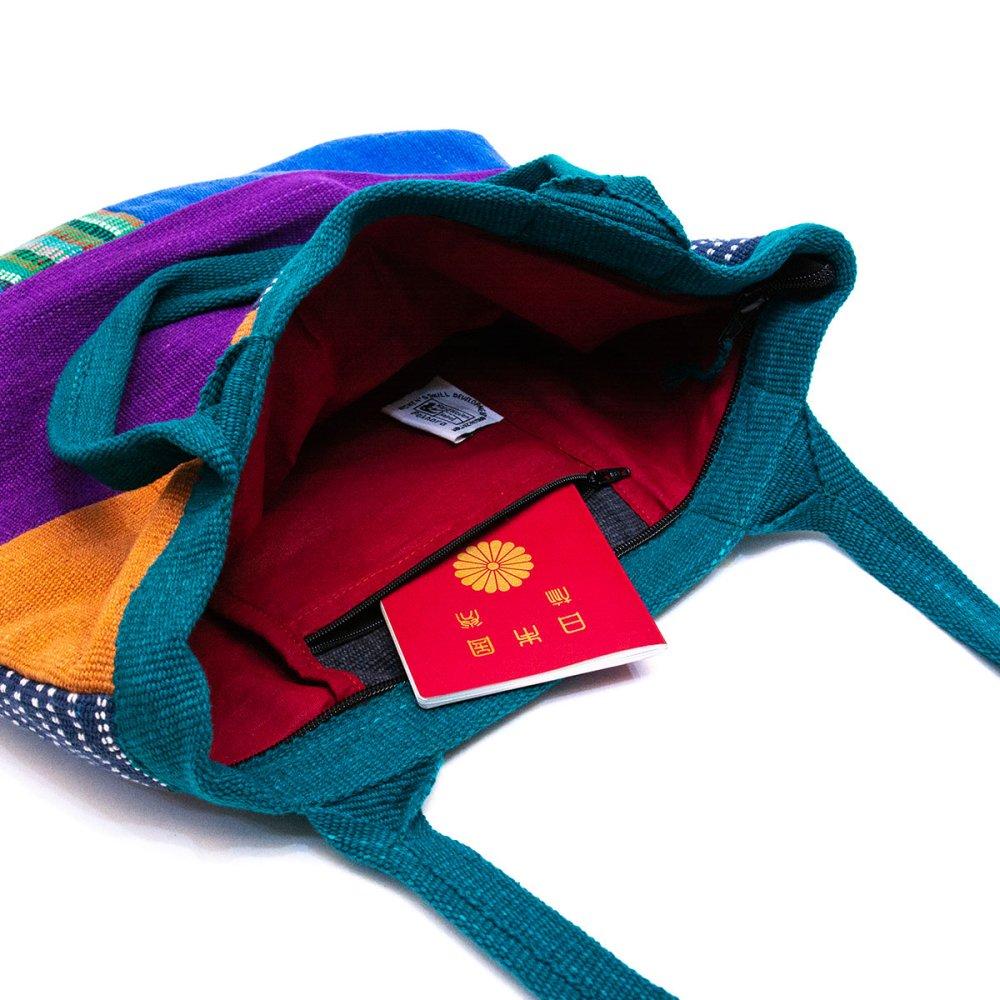 画像4:<フェアトレード>WSDO 手織布の大判カラフルトートバッグ(グリーン)