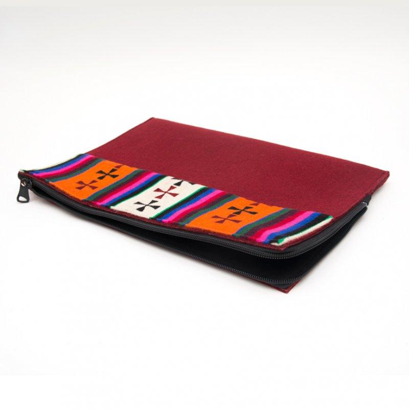DYH チベット伝統のバティック Mac Book Pro 13ケース(ワインレッド)