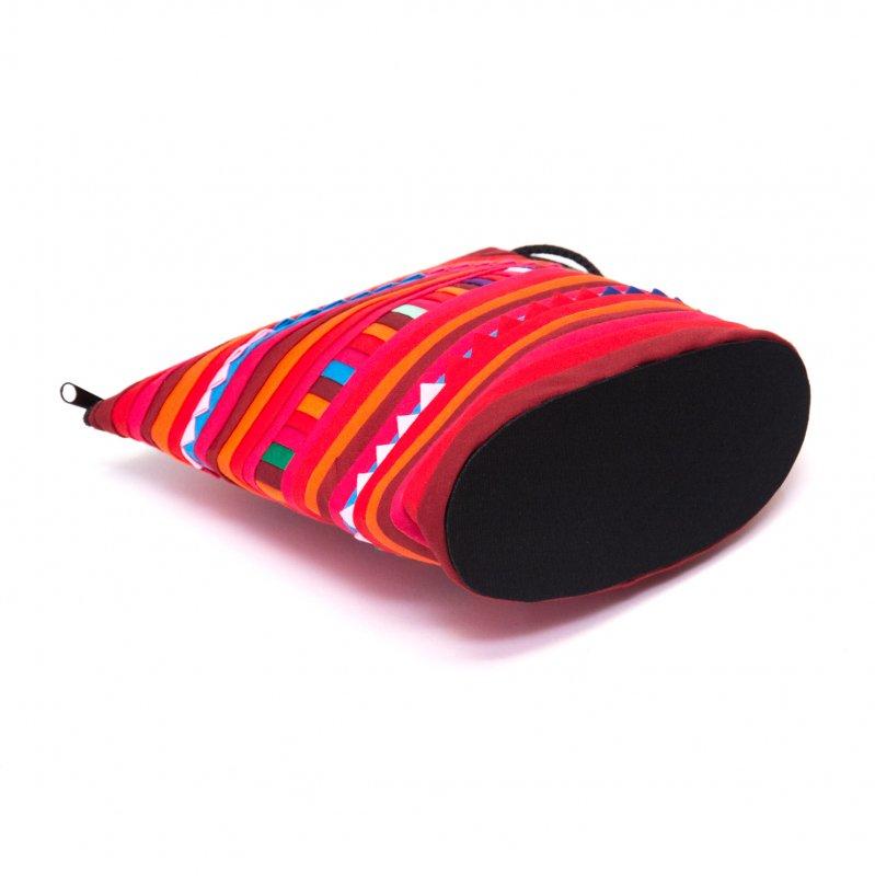 画像3:リス族刺繍のマチ付きカラフルポーチ S-size(レッド/オレンジ)