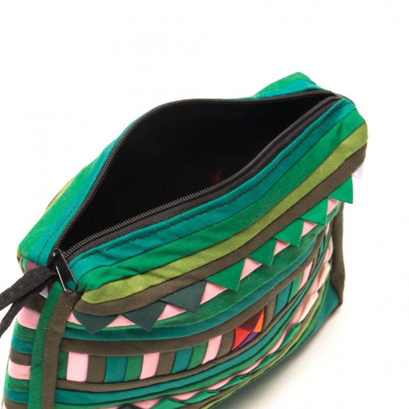 リス族刺繍のカラフルコスメポーチ(グリーン)