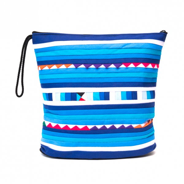 リス族刺繍のマチ付きカラフルポーチ L-size(ブルー)