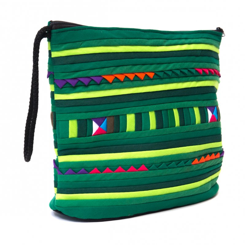 リス族刺繍のマチ付きカラフルポーチ L-size(グリーン)
