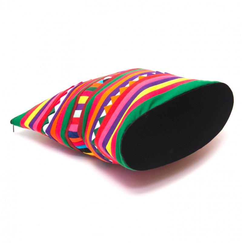 画像3:リス族刺繍のマチ付きカラフルポーチ L-size(グリーン/レッド)