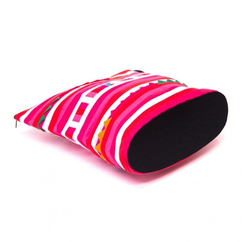 リス族刺繍のマチ付きカラフルポーチ L-size(ピンク)