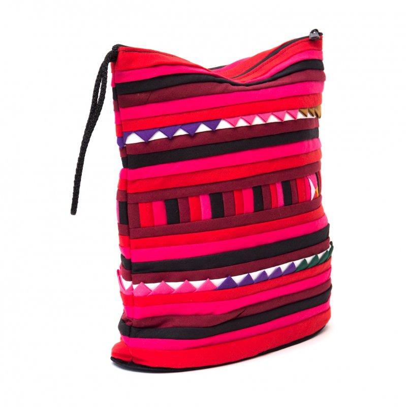 リス族刺繍のマチ付きカラフルポーチ L-size(ブラック/レッド)