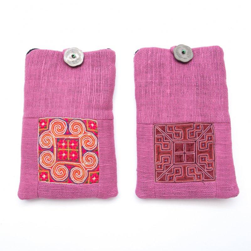 画像4:ThongPua モン族刺繍古布のスマホポーチ(ピンク)Type.1