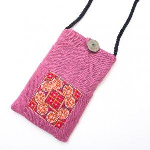 ThongPua モン族刺繍古布のスマホポーチ(ピンク)Type.1
