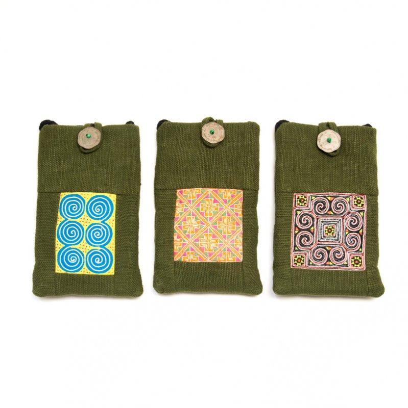 画像4:ThongPua モン族刺繍古布のスマホポーチ(グリーン)