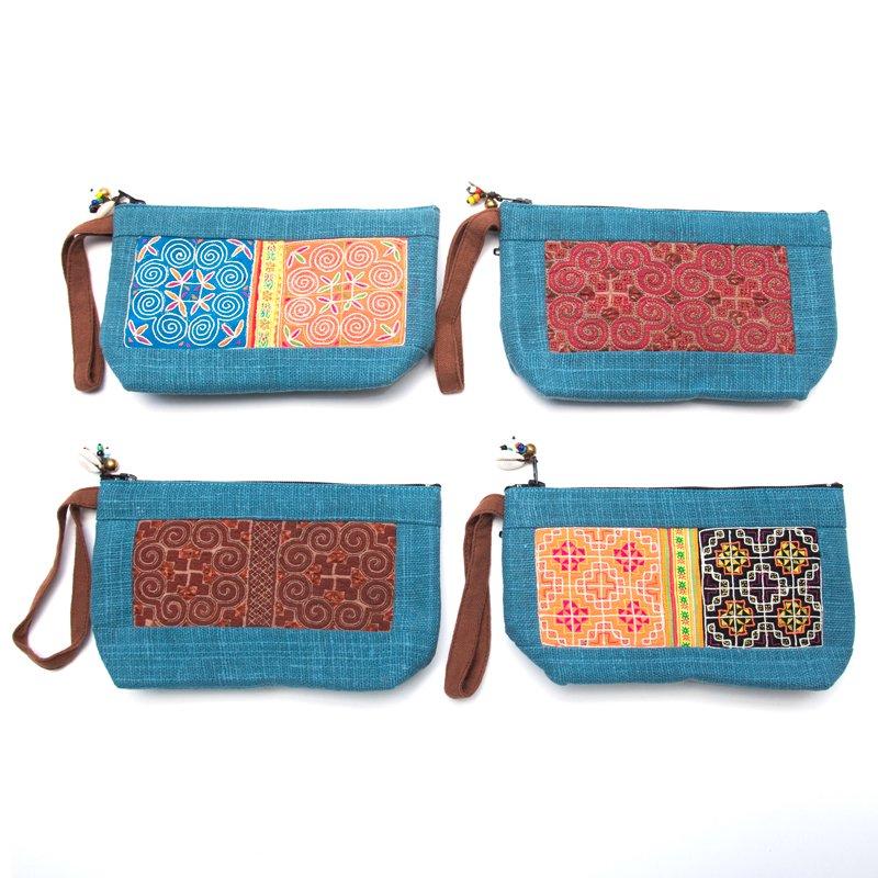 画像4:ThongPua モン族民族刺繍古布の化粧ポーチ(ブルー)