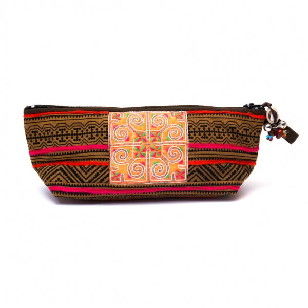 ThongPua 「タイの山岳民族」モン族の刺繍古布ペンケース(カーキ)