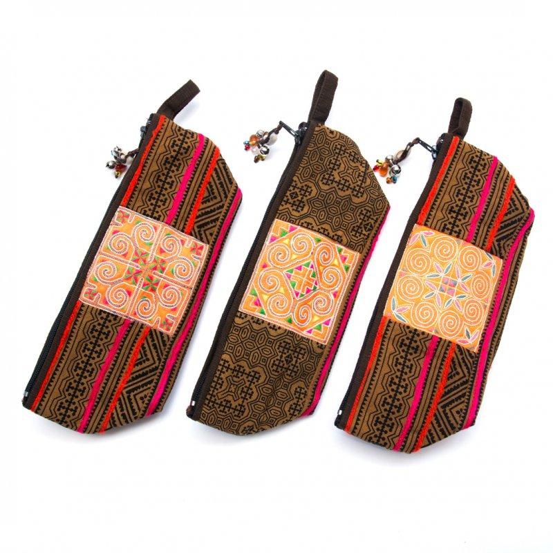 画像3:ThongPua 「タイの山岳民族」モン族の刺繍古布ペンケース(カーキ)