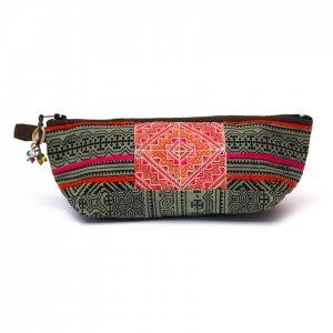 ThongPua 「タイの山岳民族」モン族の刺繍古布ペンケース(グリーン)