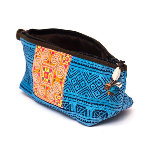 画像2:ThongPua 「タイの山岳民族」モン族の刺繍古布ペンケース(ブルー)