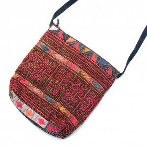 ThongPua モン族刺繍のふんわりポシェット Type.2(一点もの)