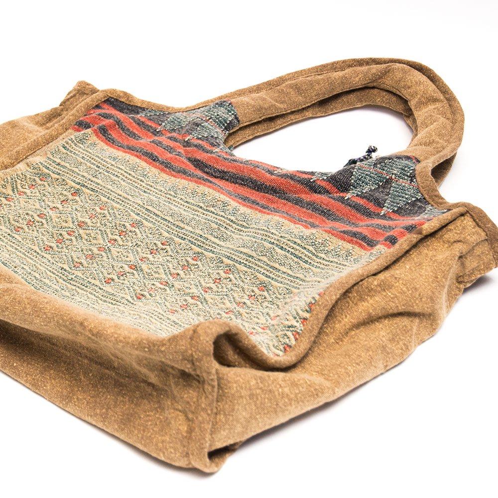 THANGEN ナガ族刺繍のマザーズバッグ Type.1